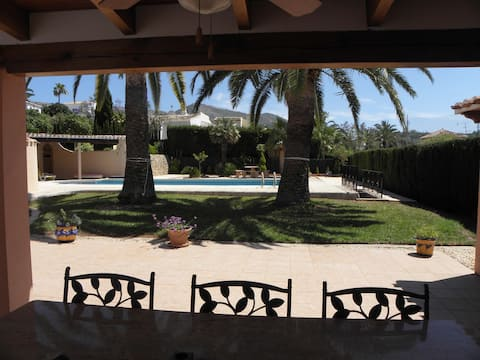 CASA ONEGA WITH LARGE PRIVATE POOL, 6*12 meter