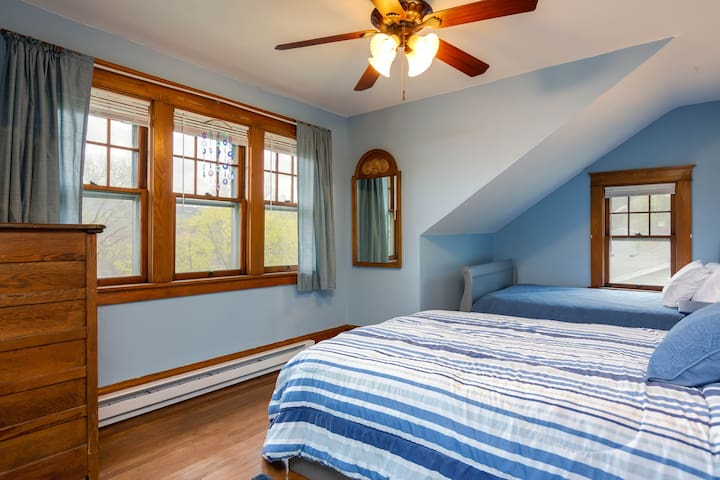 Large front bedroom with views of the lake