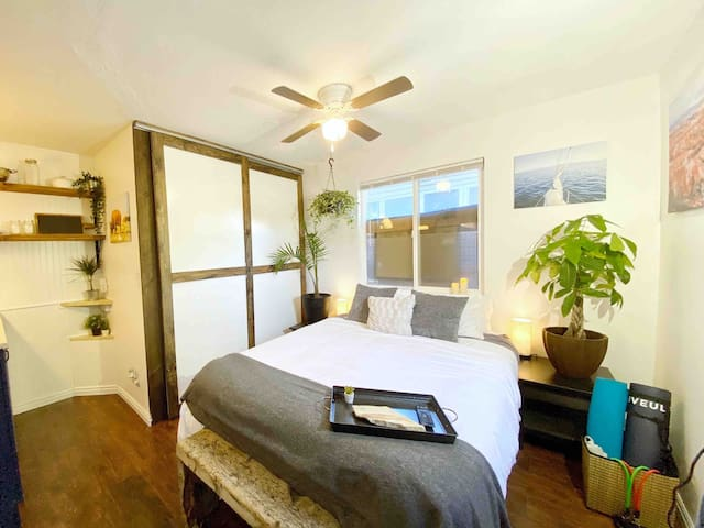 NEW, downtown Sugarhouse, beautiful, cozy, private