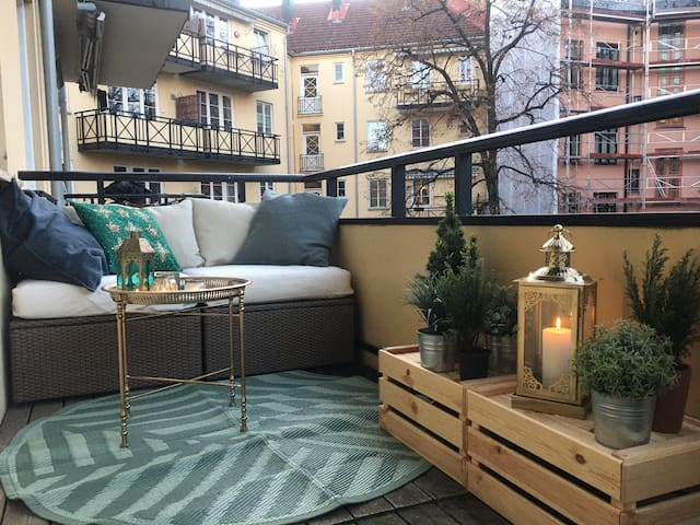 Adamstuen 2BR with balcony