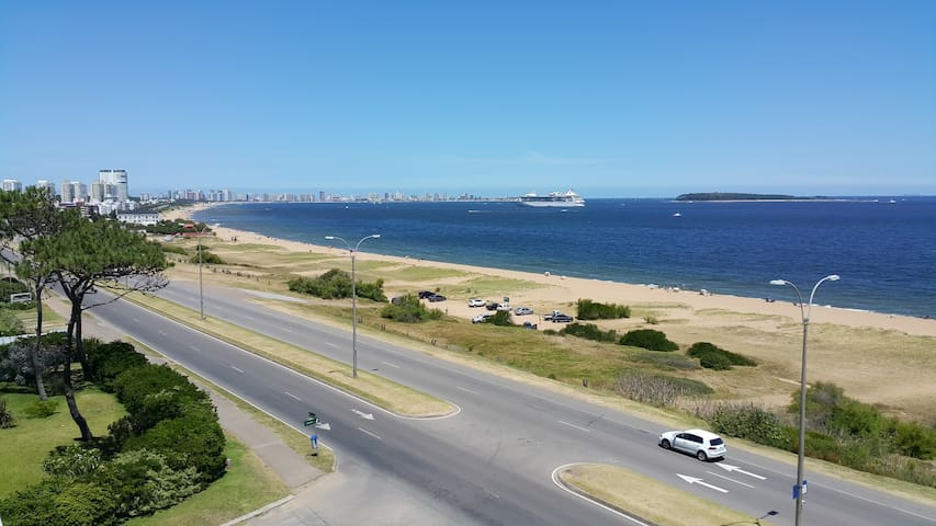 Sea Breezes Apartamento De Luxe - Maldonado - Departamento