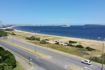 Sea Breezes Apartamento De Luxe - Maldonado