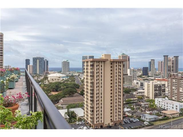Conveniently Located Futon with Free WiFi - Honolulu - Appartement
