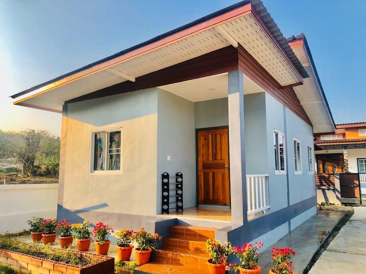 Sandy House at Pai (บ้านแสนดีปาย)