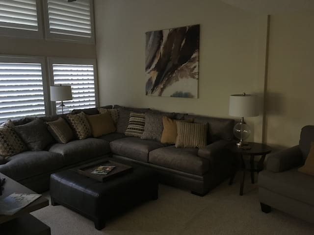 Sawgrass Beachside Condo - Ponte Vedra Beach - Condominium