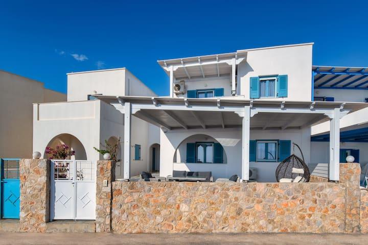 Ninas beach house
