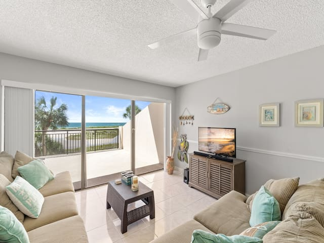 Harbor Light Towers 305, Studio, Pool Access, WiFi, Sleeps 3