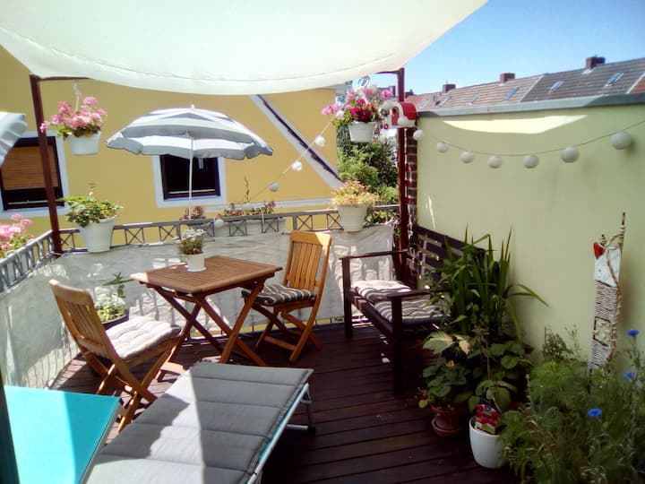 Quiet & cosy -city center 2km -  lake only 300m