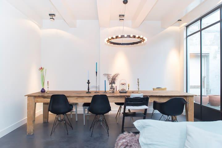 Unique characteristic design apt!