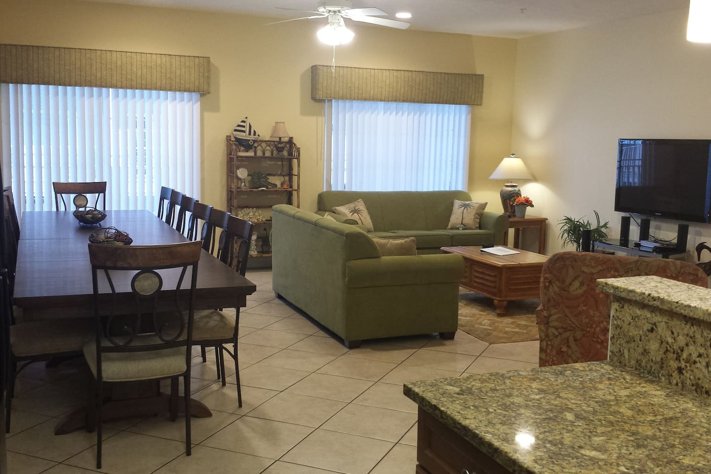 Beautiful 6BR/5Bath Condo in Heart of Myrtle Beach - Apartments for ...