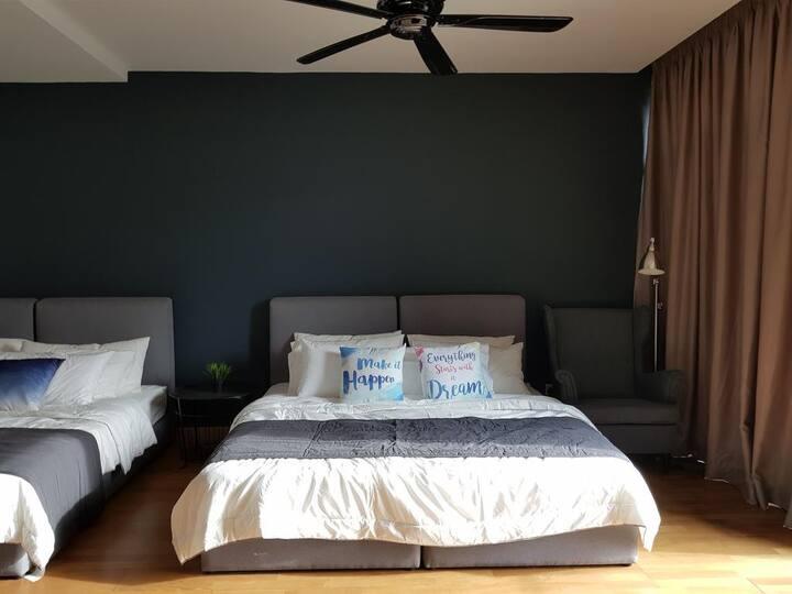 Cristal Villa Master Room
