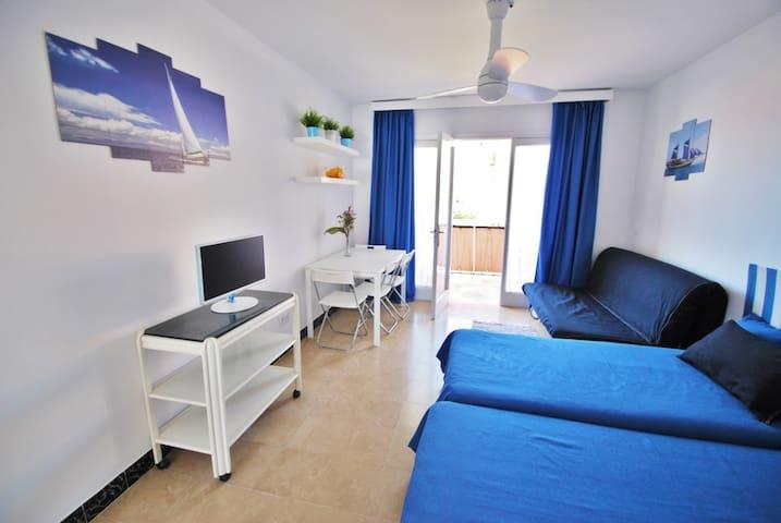 Apartamento en la playa con vistas al mar - Calafell - Condominio