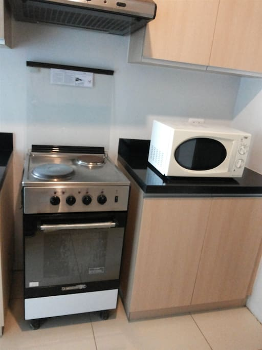 Cooking Range, Microwave Oven & Rice Cooker