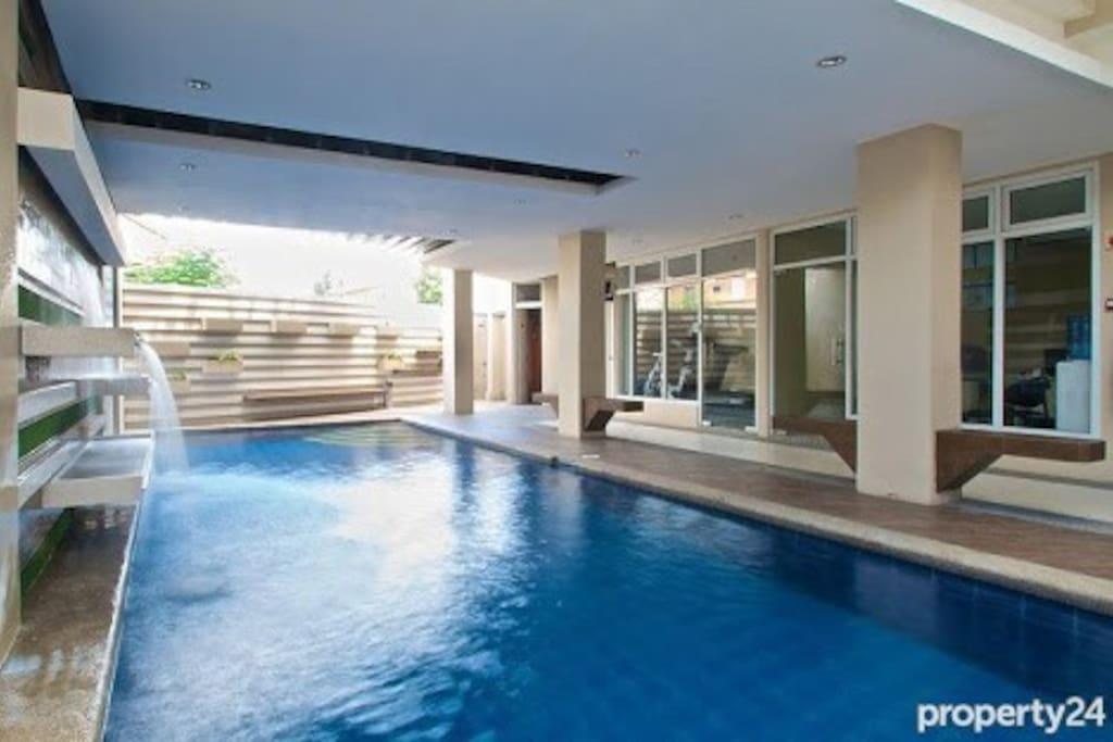 Relaxing pool with mini falls.
