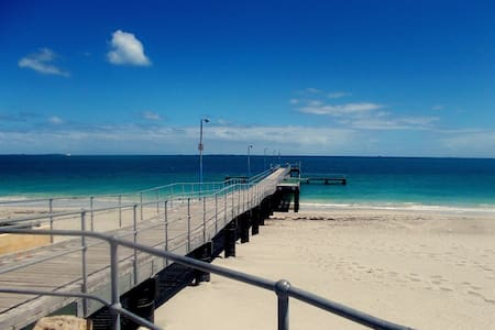 Mins to Fremantle, Beach & Park - Haus