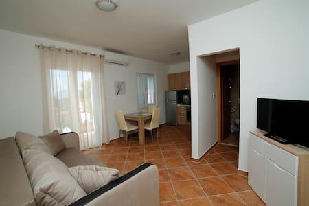 Apartmani Roza, Mirca, Brac - Mirca
