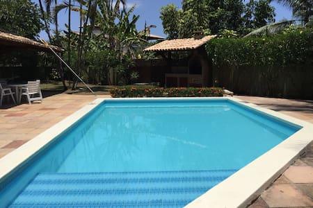 Casa ampla com piscina e 5 quartos - Ilhéus - Casa