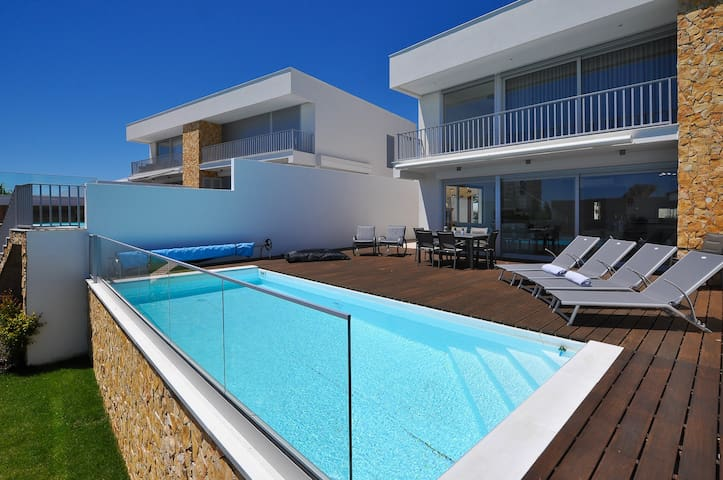 Luxury Villa, 5 min from the Beach in Albufeira