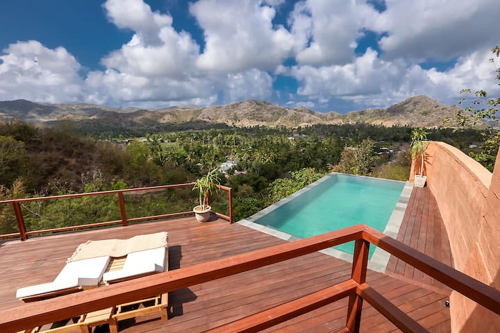 Stunning pool villa with breathtaking view