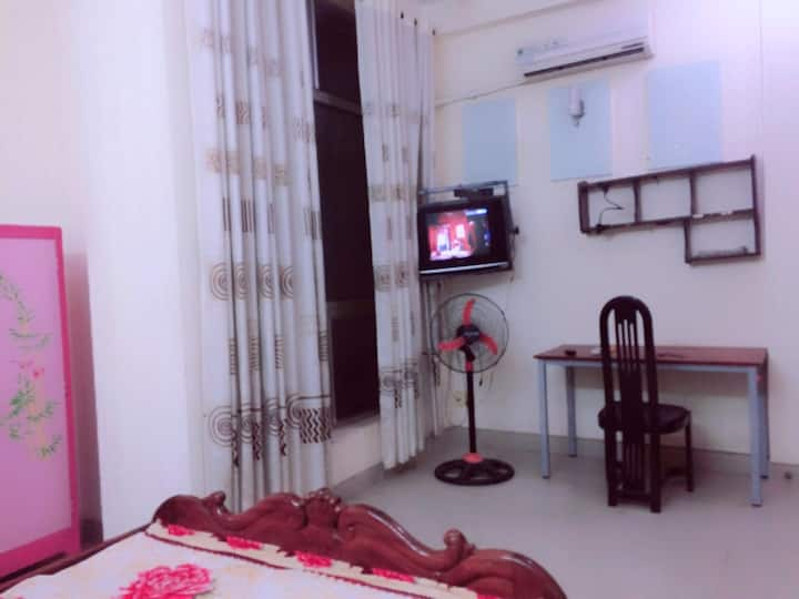 Cheap Private room in Go Vap District