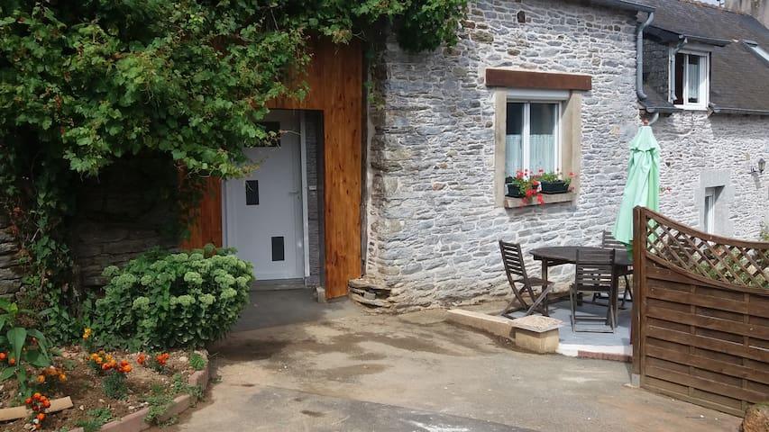 Gîte pour 2 dans une longère - Saint-Martin-des-Prés