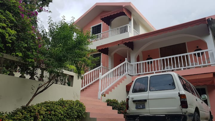 Private Gated Family house, Room 2