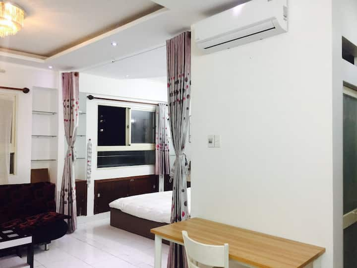 Airport-nearby best apartment: safe & comfortable