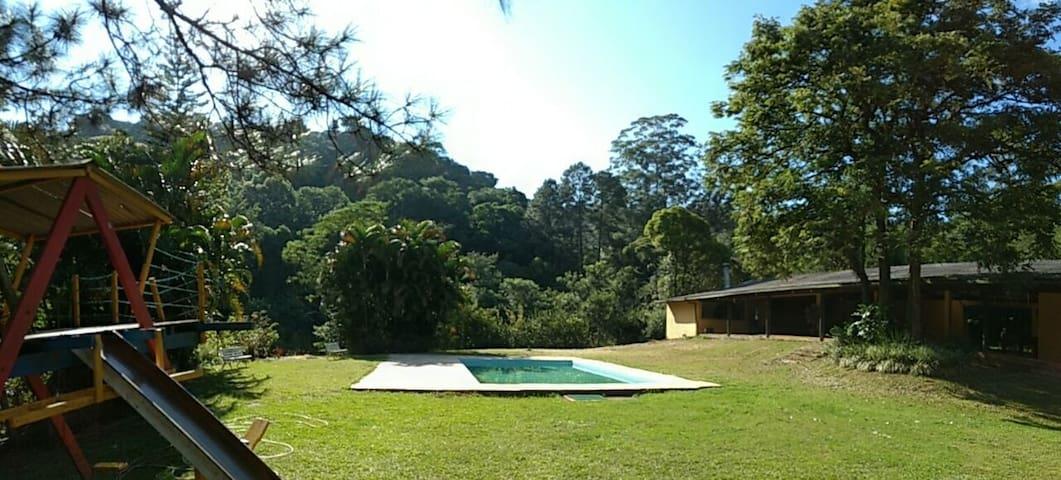 Sítio do Pica Pau Amarelo - Mairiporã - Cabane