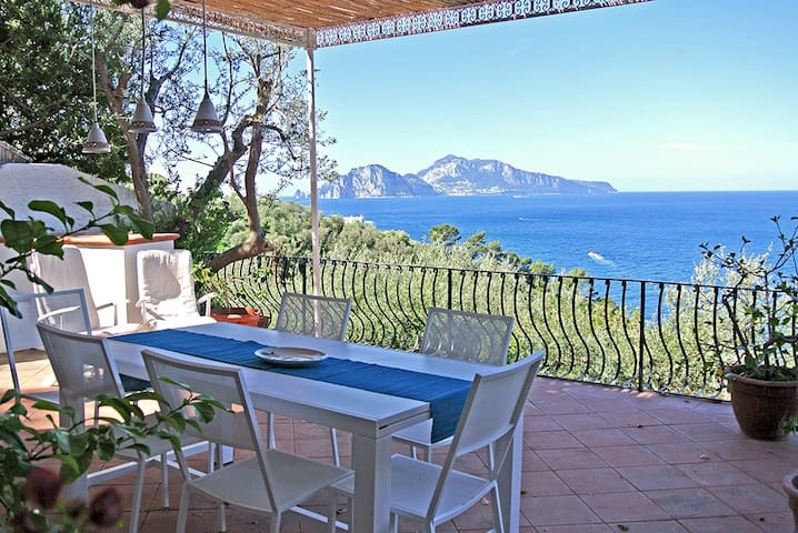 Casa Azul: amazing view and private access to sea! - Massa Lubrense - Hus