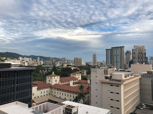 Best value in the heart of DT Honolulu Sunset View
