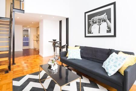 Modern loft apartment in historic Mutual Heights - Kapstadt