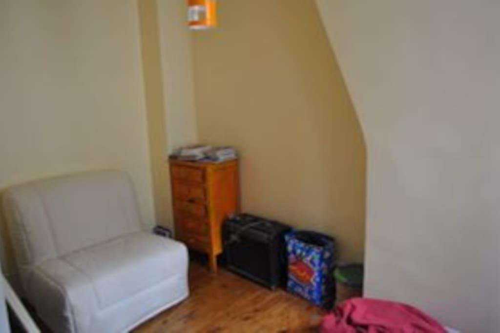 chambre 3 (1er) un lit simple