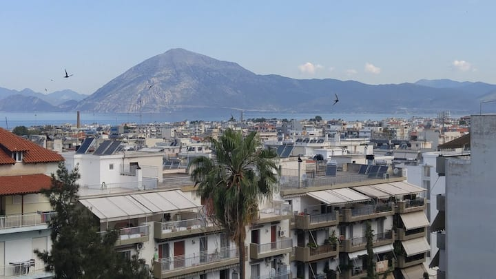 Patras walking distance to port, beaches, clubs