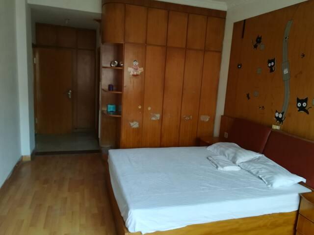 梅园套房1室1厅