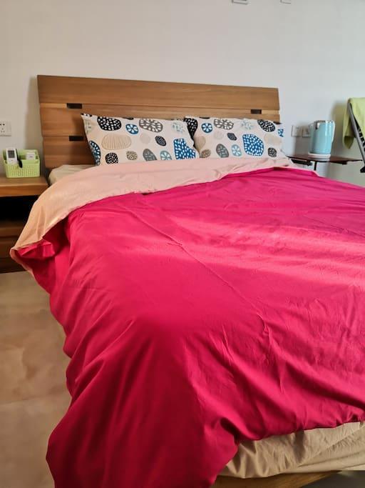 1.5米大床可选颜色三件套