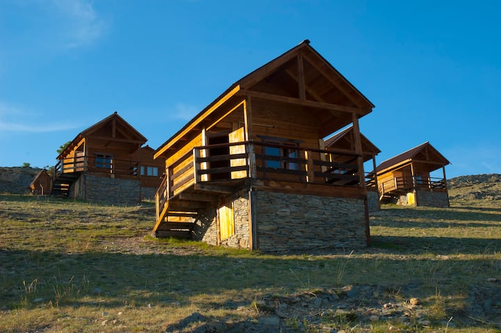 Separate house for 4 guests on Lake Baikal
