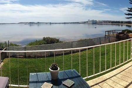 Prime Location With Ocean Views - Port Lincoln