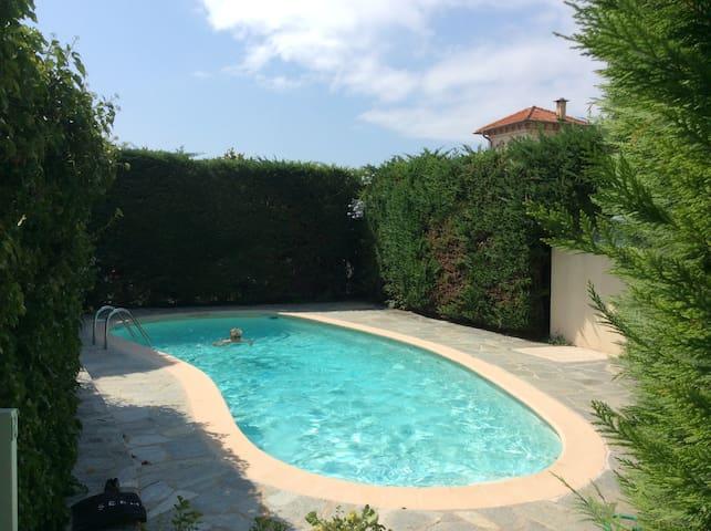 Magnifique Studio parking piscine en copro