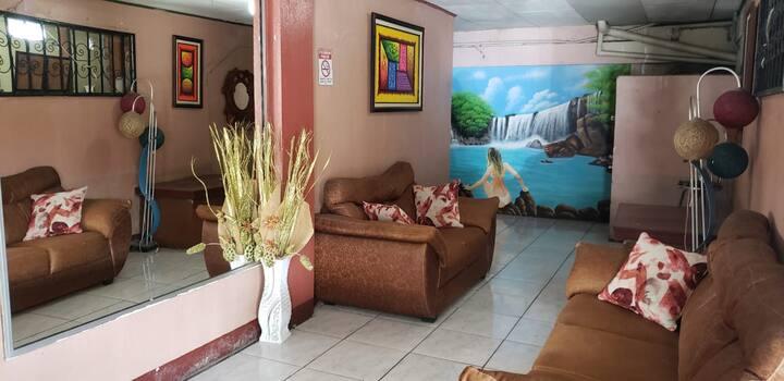Restaurante y cabinas Interamericano