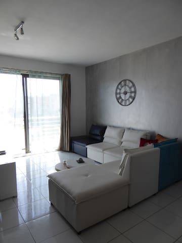 Private room in a comfortable apartment - Vacoas-Phoenix - Apartament