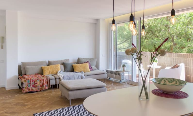 Barcelona Beach Apartment!