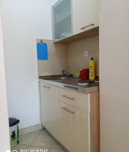 Zaostrog apartment Sadija