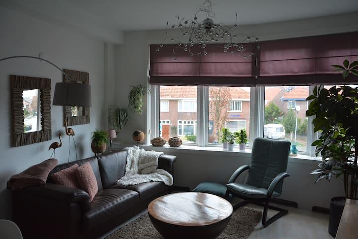 Gezellig bovenappartement met zonnig dakterras.