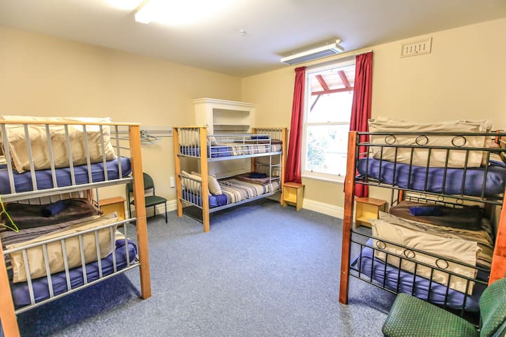 6 Bed Female Dorm - YHA Rolleston House