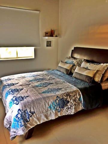 Habitación doble con baño privado - Floridablanca - House