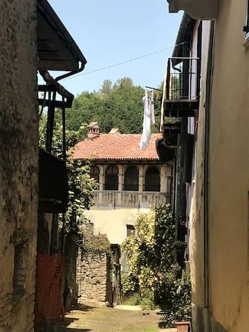 Bonvicino streets