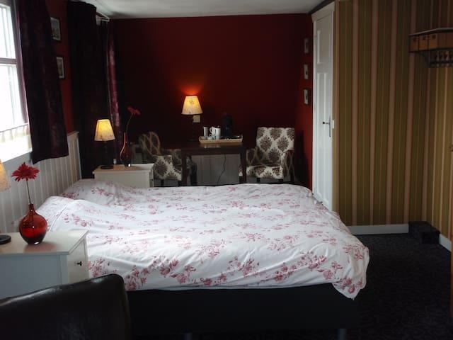 Ruime, comfortabele Ierse Suite - Hoorn Terschelling