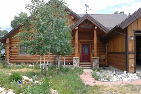 Modern Log Cabin - Ski, Golf, Fish - 格蘭比 - 獨棟
