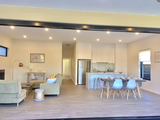 Renovated holiday house, free parking for 2 cars