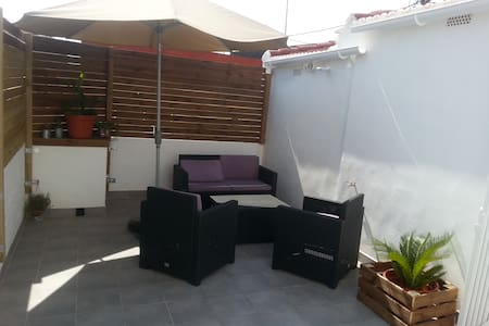 (Atico)Apartment with large private terrace / WiFi - València - Pis